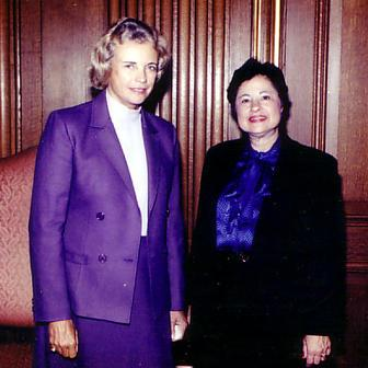 Florence Schornstein with Sandra Day O'Conner, 1985