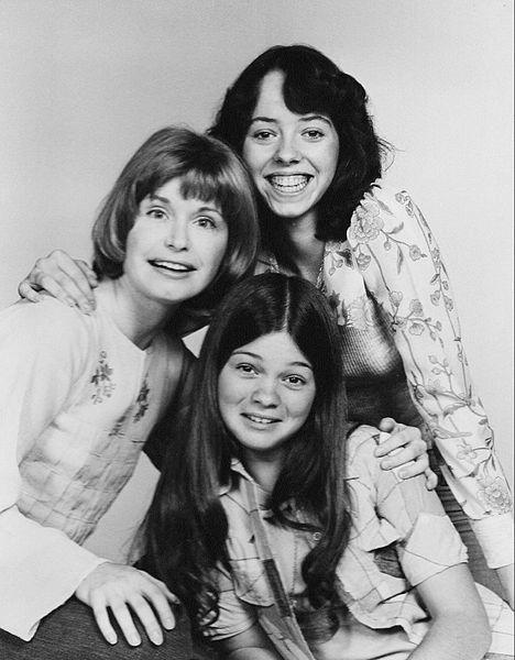 "Bonnie Franklin and the ""One Day at a Time"" Cast, 1975"