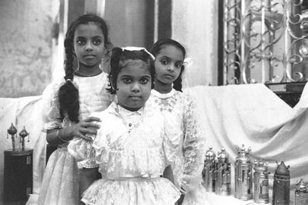 Girls Celebrating Simhat Torah in the Magen Hassidim Synagogue, Bombay