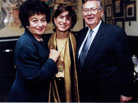 Jill Weinberg, Gerda Weisman Klein, and Kurt Klein, Chicago, October 23, 2000