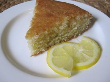 Lemon Lavender Yogurt Cake