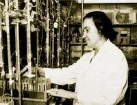 Rosalyn Yalow in the Laboratory