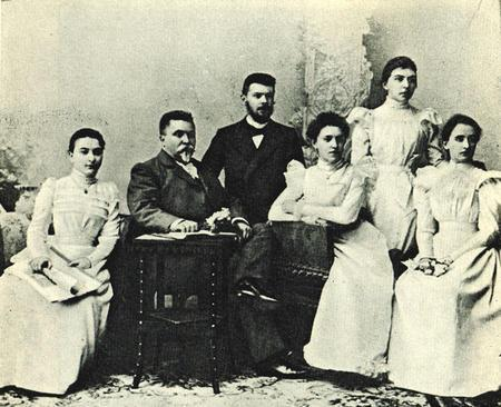 Rosina Lhévinne with Vasily Ilyich Safonov and Fellow Pupils