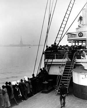 Immigrants View Statue of Liberty