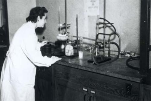 Gertrude Elion in the Burroughs Wellcome Laboratory, 1952